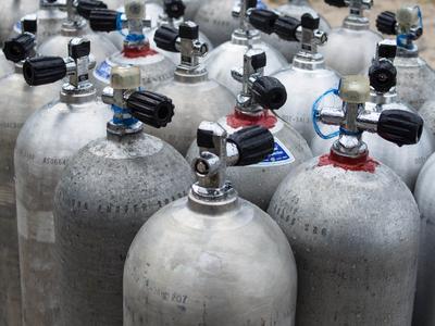 Сколько можно перевозить газовых баллонов без документов на опасный груз